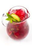 Cocktail com cal Fotografia de Stock Royalty Free