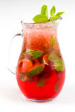 Cocktail com cal Imagens de Stock Royalty Free