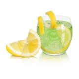 Cocktail com limão Imagem de Stock Royalty Free