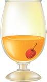 Cocktail con una ciliegia Fotografia Stock Libera da Diritti