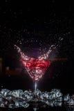 Cocktail con uno spruzzo Immagine Stock Libera da Diritti