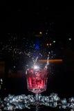Cocktail con uno spruzzo Fotografie Stock Libere da Diritti