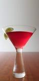 Cocktail cosmopolita immagini stock