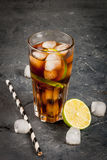 Cocktail Cuba Libre Images stock