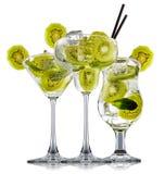 Cocktail d'alcool d'isolement sur le fond blanc Images stock