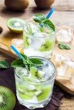 Cocktail da bebida do quivi Fotografia de Stock