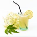 Cocktail da flor da baga de sabugueiro Foto de Stock