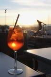 Cocktail in de avond dichtbij meer Genève Genève, Zwitserland Royalty-vrije Stock Afbeelding