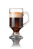 Cocktail de café d'isolement sur le blanc photos stock