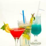 Cocktail de fruto em um copo com um straw2 Imagens de Stock Royalty Free