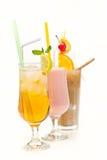 Cocktail de fruto em um copo com uma palha Fotos de Stock