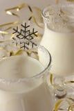 Cocktail de l'hiver à une fête de Noël Photographie stock libre de droits