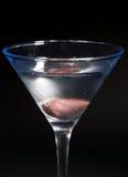 Cocktail de Martini sur le fond noir Photos libres de droits