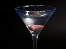 Cocktail de Martini sur le fond noir Photographie stock
