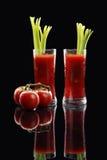 Cocktail de Mary sangrenta ou suco de tomate Foto de Stock