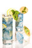 Cocktail de parasol Photographie stock