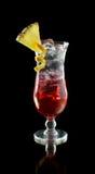 Cocktail de rhum glacé avec l'ananas Images libres de droits