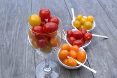 Cocktail de tomate dans un verre de vin Photos stock