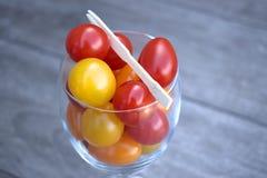 Cocktail de tomate dans un verre de vin Photographie stock
