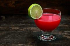 Cocktail de tomate de Mary sanglante Photos stock