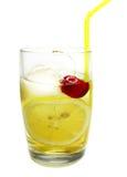 Cocktail dei collins del john dell'alcool con la ciliegia del limone Immagini Stock Libere da Diritti