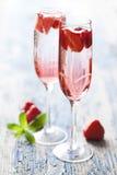 Cocktail del champagne della fragola fotografia stock
