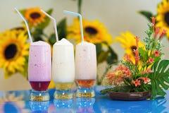 Cocktail dell'ossigeno con lo sciroppo della frutta Fotografie Stock