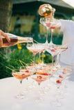 Cocktail della fragola di Champagne Fotografie Stock Libere da Diritti