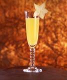 Cocktail della frutta di stella e della passiflora commestibile Fotografie Stock
