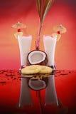 Cocktail di colada di Piña o smoothie della noce di cocco fotografie stock