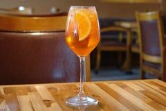 Cocktail di frutta arancio Immagine Stock