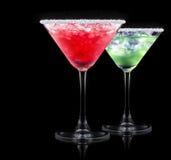 Cocktail do álcool ajustado em um preto imagens de stock