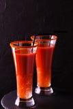 Cocktail do Bloody Mary com pimenta de pimentão, gelo e selery Imagens de Stock Royalty Free