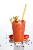 Cocktail do Bloody Mary em um fundo branco Fotografia de Stock Royalty Free