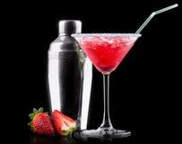 Cocktail do refrigerador da baga em um preto imagens de stock