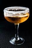 Cocktail do side-car com uma borda do açúcar foto de stock