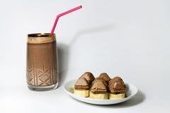 Cocktail e sobremesa Imagem de Stock