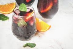 Cocktail espagnol traditionnel, Tinto de verano Photographie stock