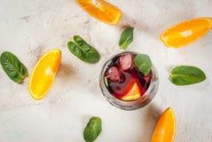 Cocktail espagnol traditionnel, Tinto de verano Photos libres de droits