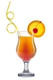 Cocktail exótico no vidro do furacão isolado no fundo branco Fotos de Stock Royalty Free