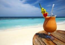 cocktail fruité images libres de droits