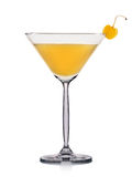 Cocktail giallo di martini isolato su fondo bianco Immagine Stock Libera da Diritti