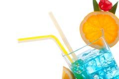 Cocktail havaiano azul popular com vodca Foto de Stock