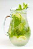 Cocktail met Kalk Royalty-vrije Stock Foto's