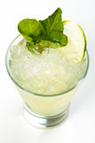 Cocktail mit Kalk Stockfoto