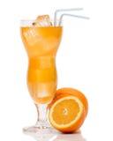 Cocktail mit Orange und Eis Stockfotografie