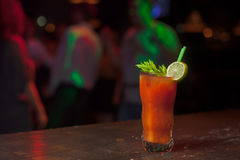 Cocktail mit Petersilie und Tomate 1 Stockbild