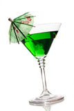 Cocktail mit Regenschirm lizenzfreies stockbild
