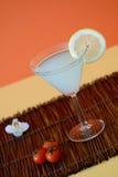 Cocktail molto grande con il limone Immagine Stock Libera da Diritti