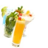 Cocktail na coleção borrada dos cocktail Fotografia de Stock
